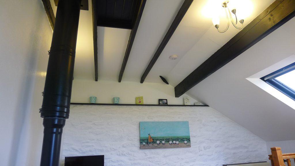 Dove-cottage-beams